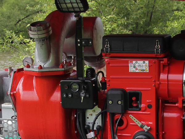 Silnik diesla z panelem sterowana, oświetlenie robocze
