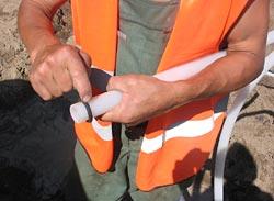 Nakładanie uszczelki na igłofiltr