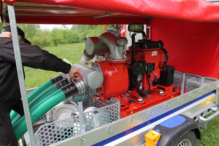 Motopompa przewoźna S150 do wody zanieczyszczonej posiada oświetlenie robocze stanowiska pracy
