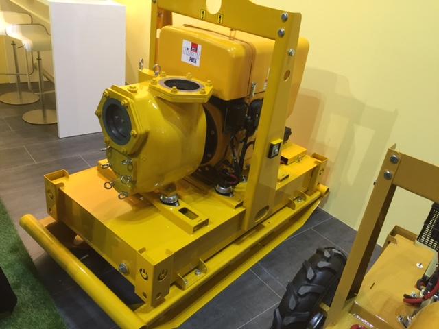 pompa samozasysająca o wydajności 5000 l/min. - agregat pompowy S150